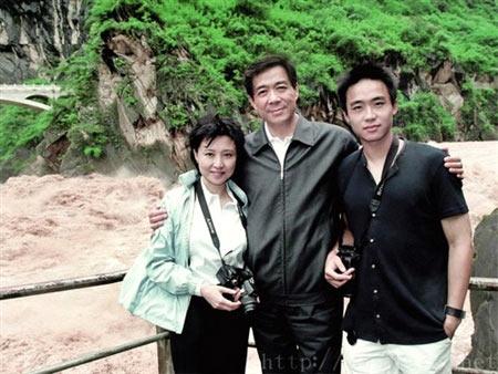 Bạc Hy Lai: Những góc khuất cuộc đời - 1