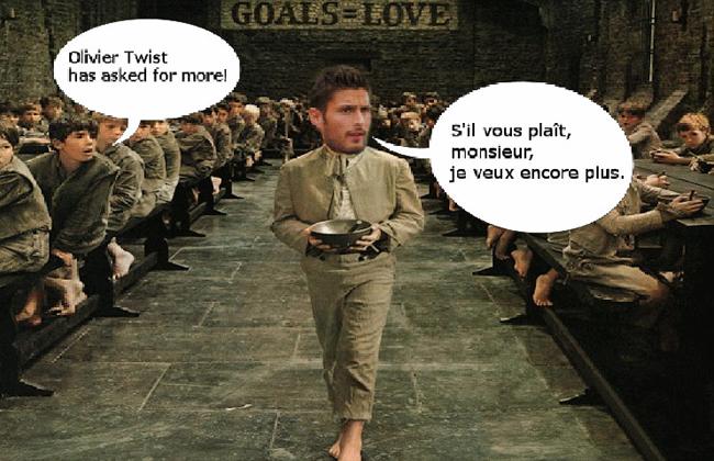 Giroud đang đi 'xin' bàn thắng cho Arsenal.