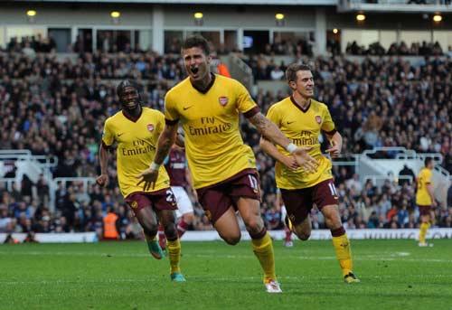 "Arsenal & ""số 9"": Mũi tên 2 đích - 1"