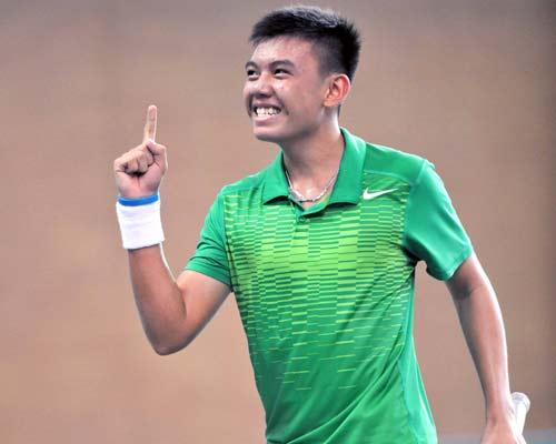 """Tay vợt 15 tuổi lại """"đại náo"""" tennis Việt - 1"""