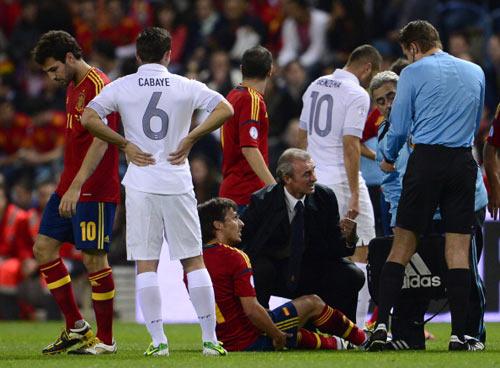 Man City: Một nạn nhân nữa của virus FIFA - 1
