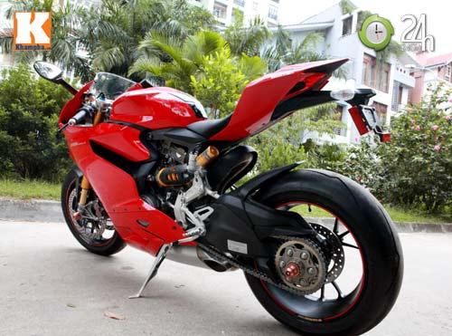 Cận cảnh siêu môtô Ducati Panigale S đầu tiên tại Hà Nội - 1
