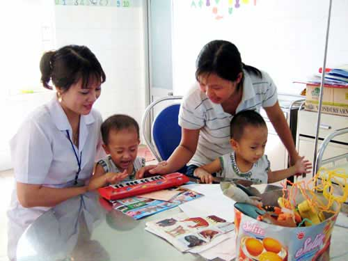 Đà Nẵng: Thiếu từ nhân lực y tế cơ sở - 1