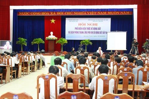 Quảng Nam: Mở sẵn cửa để chờ… động đất - 1