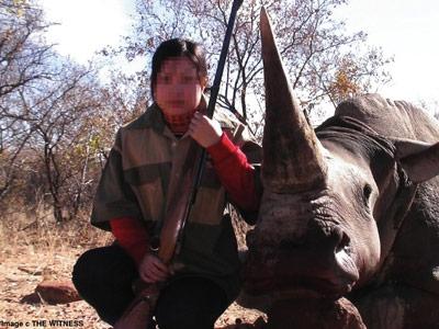 VN chi 22 triệu USD săn tê giác Nam Phi - 1