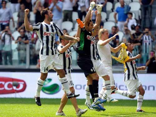 Serie A trước vòng 8: Sứ mệnh của Napoli - 1