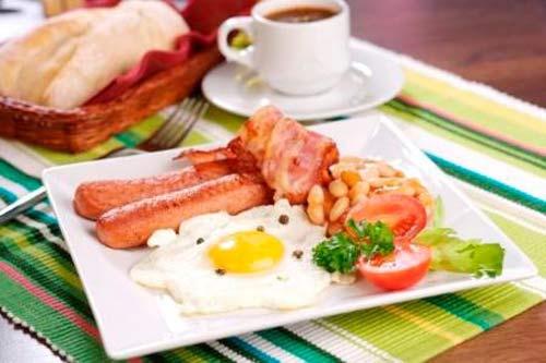 Những kiểu ăn sáng có hại cho sức khỏe - 1