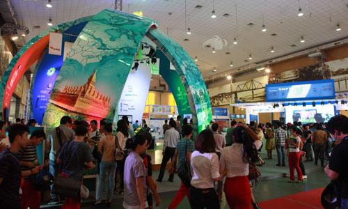 Hình ảnh ấn tượng tại Mobile Vietnam 2012 - 1