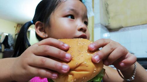 Không cho trẻ ăn fast-food quá 2 lần/tuần - 1