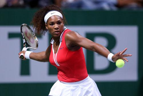 Cú passing phản công của Serena Williams - 1