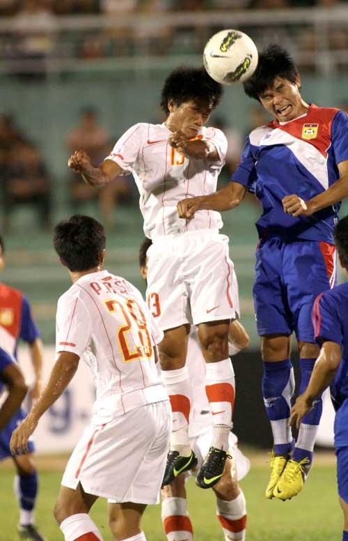 Thắng Lào, nhưng tuyển thủ VN còn lóng ngóng - 1