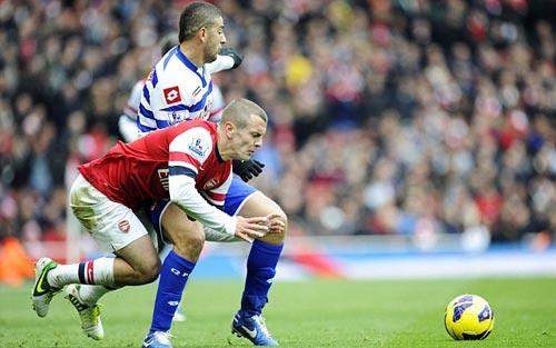 Arsenal - QPR: Niềm vui trở lại - 1