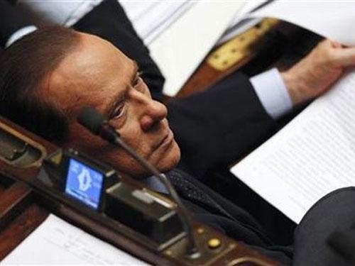 Cựu thủ tướng Ý Berlusconi bị tuyên án tù - 1