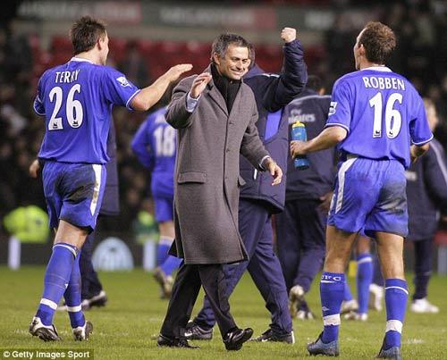 """Sir Alex vẫn sợ """"Chelsea của Mourinho"""" - 1"""