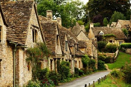 10 ngôi làng đẹp như cổ tích - 1