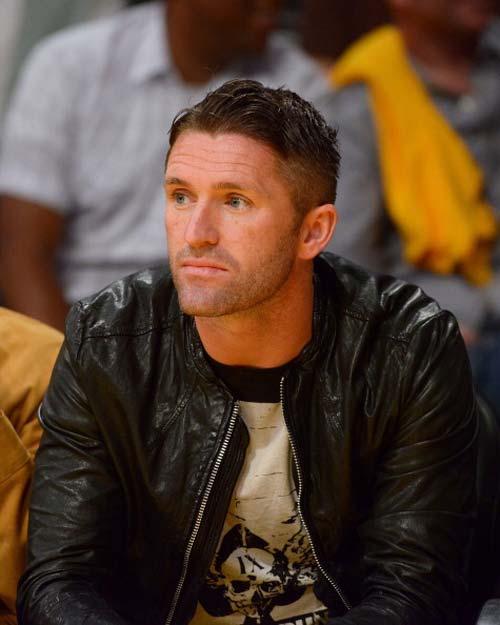 "Beckham ""giải ngố"" cho Robbie Keane - 1"