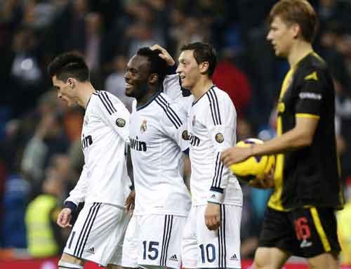 Real - Zaragoza: Đâu cần Ronaldo - 1