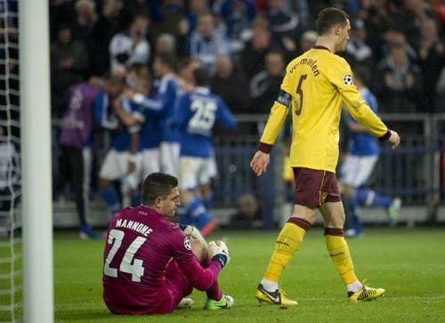 Schalke - Arsenal: Đánh rơi điểm - 1