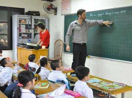 Nở rộ tiếng Anh liên kết từ lớp 1 - 1
