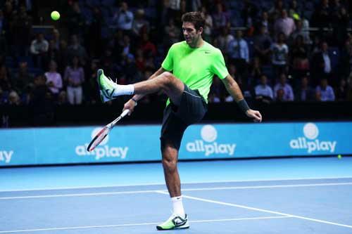 Cú đúp giải thưởng cho Federer - 1