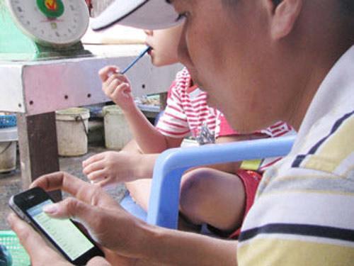 Rộ chiêu lừa bán iPhone giả tại miền Tây - 1