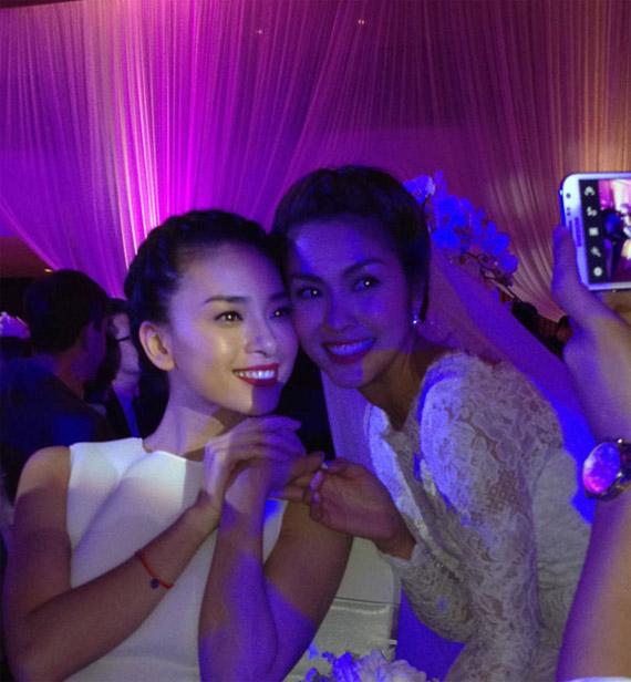 Bất ngờ với cô dâu Hà Tăng - 1