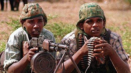 Nhóm Những con hổ Tamil: Đổi súng lấy… áo lót - 1