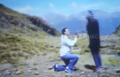 Lộ clip Hà Tăng được Louis cầu hôn - 2