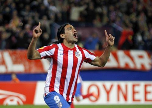 Man City: Không chỉ là Suarez - 1