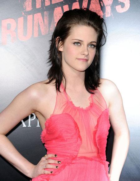 """Các kiểu tóc """"dìm hàng"""" Kristen Stewart - 1"""