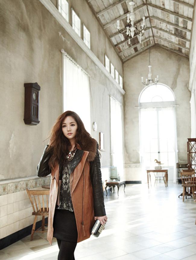 Trước năm 2010, cô đóng một vài bộ phim truyền hình như Unstoppable High Kick, I am Sam, Liêu trai chí dị (đài KBS2), Công chúa Ja Myung Go, Running.