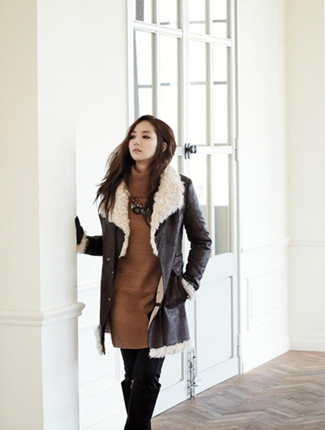Vai diễn giả trai trong phim cổ trang Chuyện tình ở Sơng kun quan đã đưa Park Min Young tới gần hơn với khán giả.