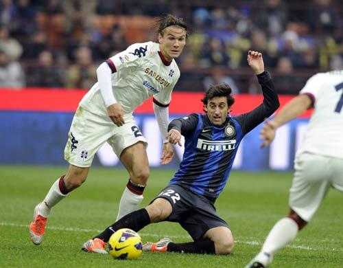 Inter - Cagliari: Bỏ lỡ thời cơ - 1