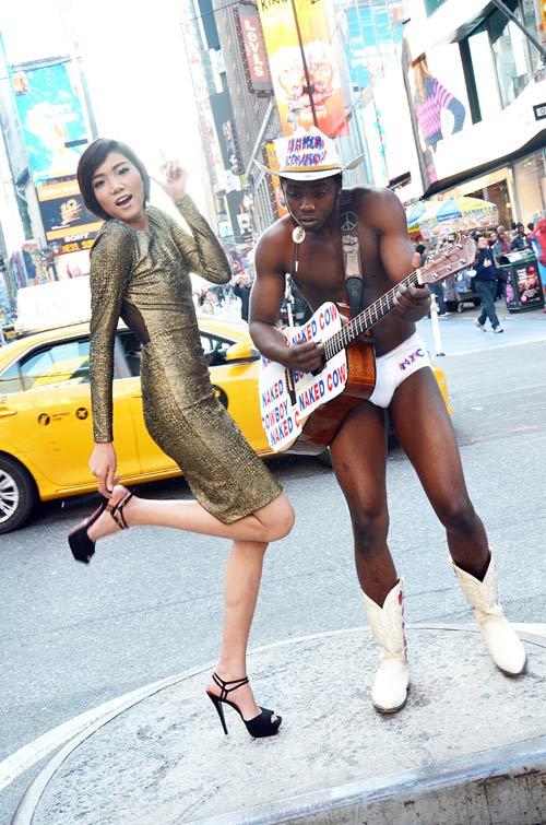 Top Model hóa cô gái New York hiện đại - 1