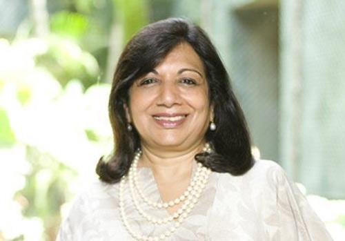 Từ 200 USD thành phụ nữ giàu nhất Ấn Độ - 1