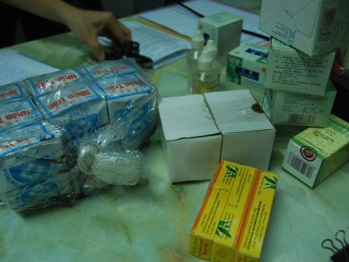 Thuốc dỏm hại chết người bệnh - 1