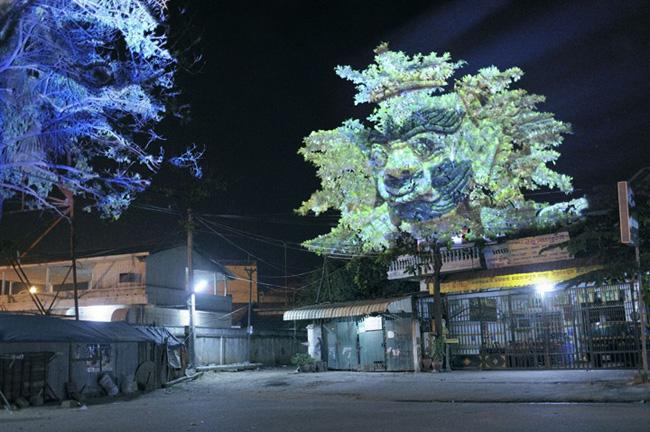 Nghệ sỹ người Pháp Clement Briend cho ra mắt dự án nghệ thuật ánh sáng Cambodian Trees – Những thần cây Campuchia.