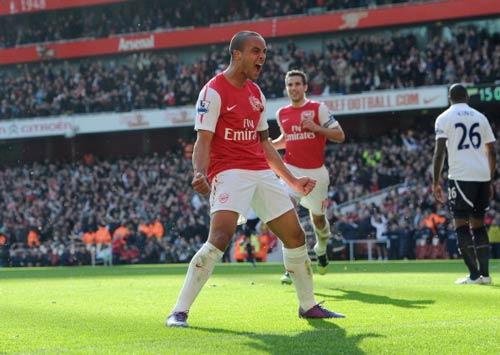 Arsenal giữ Walcott qua mùa đông - 1