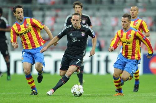 Valencia - Bayern: Chiến đấu vì ngôi đầu - 1