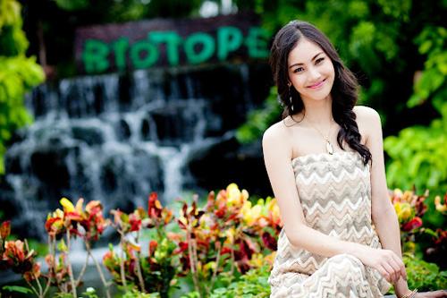 Nhan sắc tuyệt trần của hoa hậu Thái Lan - 1