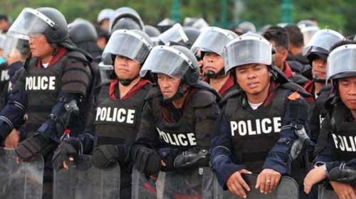 Bangkok đối mặt với biểu tình quy mô lớn - 1