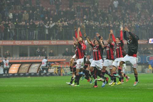 Serie A sau V14: Nhấn chìm Juve - 1
