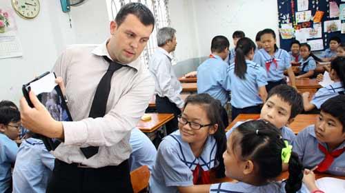 Tuyển giáo viên Philippine, chỉ 29 người đăng ký - 1