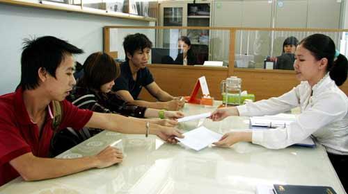 Trung tâm ngưng hoạt động, học viên bơ vơ - 1