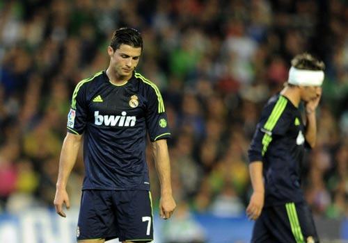 Real: Liga rời xa, nuôi mộng Decima - 1