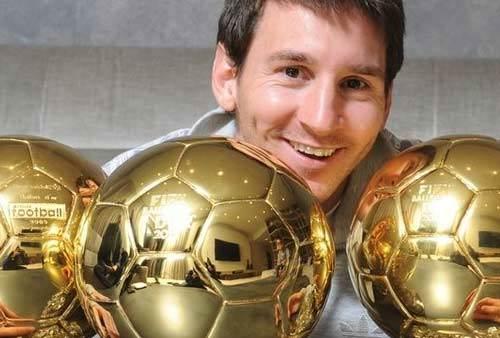 Nhà cái: Hãy trao QBV cho Messi! - 1