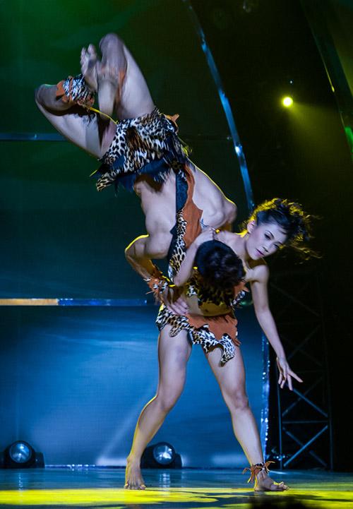 Bước nhảy lộ diện ứng viên quán quân - 1