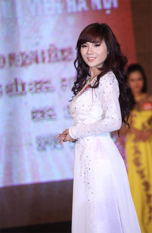 Hình ảnh girl xinh áo dài trắng duyên dáng đáng yêu, những
