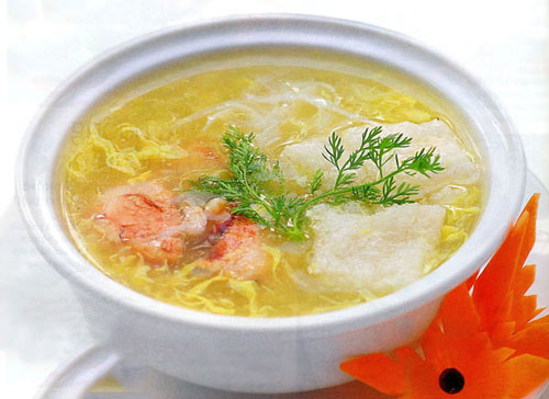 Súp bong bóng cá nấu cua nóng hổi - 1