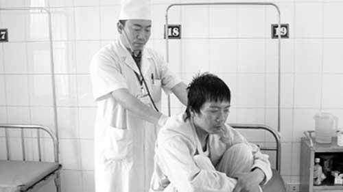 Chuyện ghi ở bệnh viện HIV - 1
